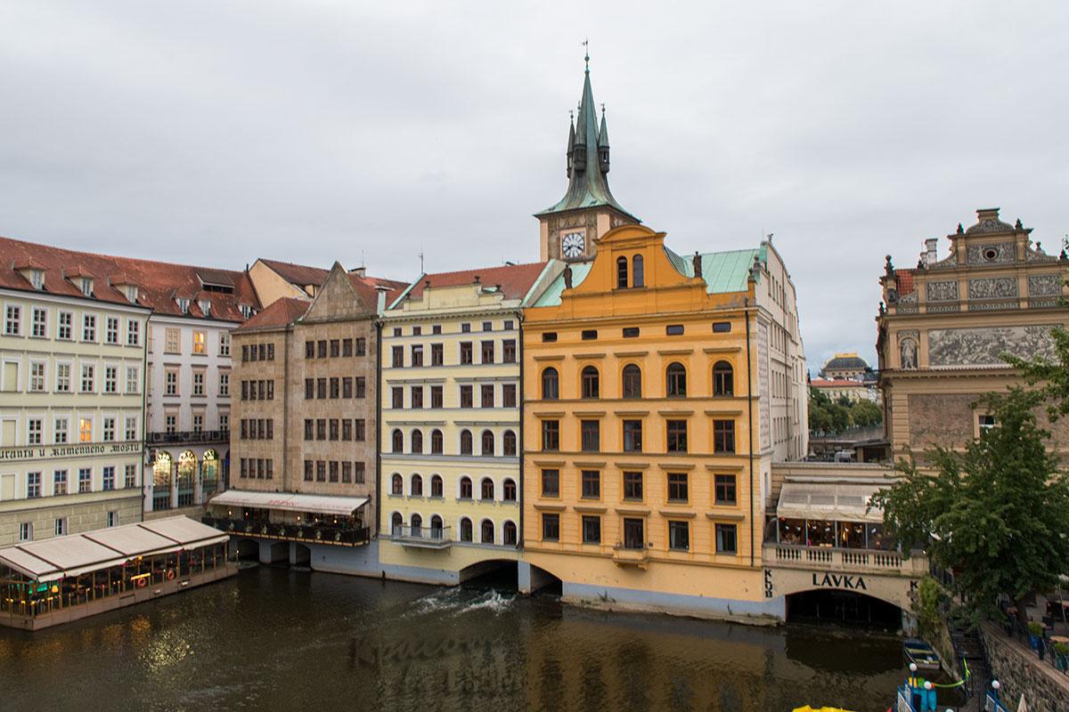 Прага. Вид с Карлова моста.
